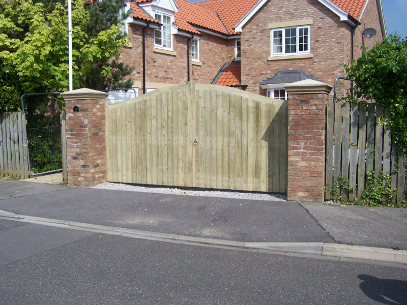 long-riston-gates